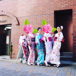 台湾からお越しのお客様です。女子会和服体験ありがとうございます😊艶やかでお似合いです👘また👘ご利用下さいね✨✨✨👘🎀  来自台湾的客人。 女生们一起来体验和服了。大家各有自己的特点。期待你们的下次光临。