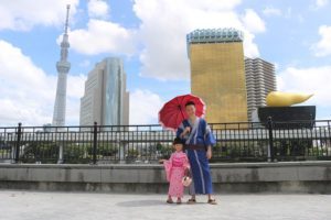 爸爸獨自帶女兒來東京玩,可愛いいですね~