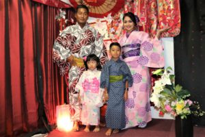 インドネシア、ご家族、和服体験