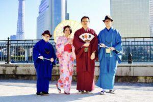 マレーシア🇲🇾からお越しのお客様です日本旅行の記念にご家族で和服体験です皆様素敵に着こなして頂きました(*^◯^*)素敵な思い出にして下さいね  來自馬來西亞的客人們,來日本旅遊作為紀念家族一起體驗和服,傳統風格的和服非常適合您們喔!這是在隅田公園拍攝的紀念照,謝謝您來體驗和服️