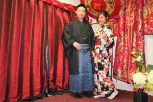 來自上海的男士穿著袴套裝