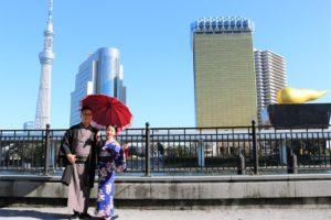 來日本蜜月旅行的中國夫妻