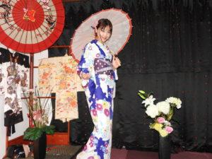 台湾からお越しのお客様です。伝統的な和服体験ありがとうございます😊 來自台灣的客人!!今天穿著了有很日本傳統特色的和服唷,顏色很美很適合您,非常謝謝您,祝福您在淺草觀光愉快。