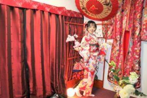 中國的小美女第一次體驗和服過新年呢!