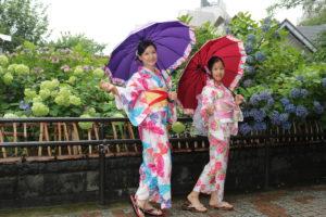 從台灣來像姊妹一樣的母女倆