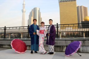 台灣來的客人,體驗日本傳統和服,很可愛很帥氣呢!!