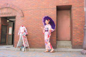 馬來西亞的客人也來體驗日本傳統浴衣呢!