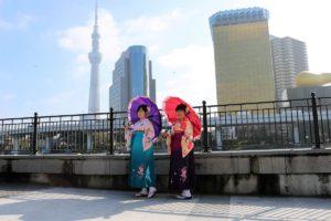 台灣來的客人,袴真的非常適合你們呢!