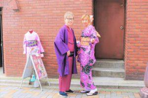 兩位來自香港的客人都選擇紫色的和服呢!非常漂亮