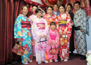 インドネシアからお越しのお客様です。家族連れの着物体験、着物姿はお似合いですね。  來自#印度尼西亞的#團體客人們,非常#可愛#帥氣呢!!