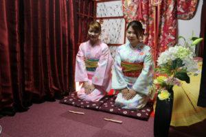 海外 からお越しのお客様です😊✨#日本旅行 の記念に #浅草 で #和服体験 して頂きました(*^^*)✨お二人共可愛らしい #お着物 がとてもお似合いですね❤️❤️