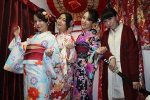 来自台湾的客人😊❤️ 有朋友的介绍来到我店☺️ 各位选择的非常伝統的非常可爱的和服 👘 各位小姐都很美丽呀👘😍😍 祝你们在浅草玩的快乐🤗