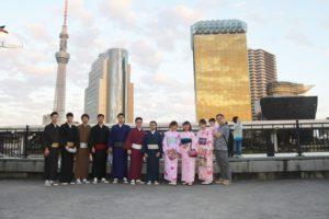 台湾からお越しの団体様です。お時間のない中ありがとうございます👘 日本旅行を楽しんで下さい。❣️ 來自台灣的團體客人,行程緊湊之下來體驗和服,祝您們玩的愉快
