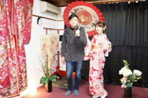 台湾からお越しのお客様です。伝統的なお着物をお選び頂きました!とても可愛くて素敵です\(^_^)/日本旅行 楽しんで下さい! 台湾来的客人,选择了本店传统的和服款式,红色和服配着小碎花,超级可爱温柔\(^_^)/祝你们在日本旅行一切顺利,玩的开心!