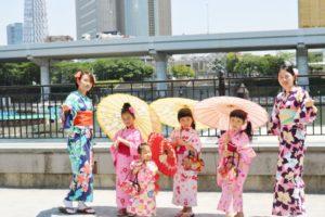 #台湾 からお越しのお客様です😊お子様も #可愛い浴衣 をお選び頂きました\(^o^)/皆様とても可愛いですね💕 #和服体験 ありがとうございます😊 #日本旅行 楽しんで下さいね(*^▽^*) 來自台灣的客人,小朋友挑選了自己喜歡的可愛浴衣,大家都很適合您們也都很可愛喔!謝謝您們來本店體驗浴衣,日本旅遊祝您們玩得開心喔!
