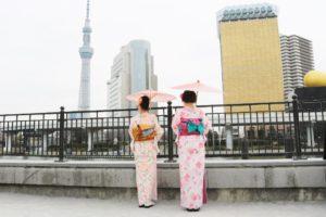 海外からお越しのお客様です😊 #伝統的 な #和服体験 👘ありがとうございます。 #隅田公園 にて #記念撮影 をいたしました。  来自海外的客人✌️💕 👘选择了传统的和服。 在隅田公園拍了很多纪念照片呢👍