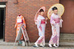 #東京旅行 に #浅草観光 を #和服レンタル して👘お出掛けです💕 #和服双子コーデ,  とても #可愛く 着こなして頂きました🌸