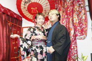 香港からのお客様です👘和服体験ありがとうございます❣️❣️❣️😊レトロな雰囲気がある和服を着てお出掛けです。浅草観光楽しんでくださいね😍😍