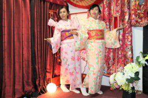 從馬來西亞來體驗和服的客人。