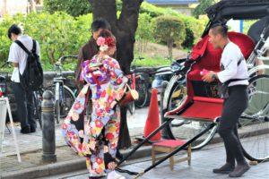 韓国からのお友達、和服人力車、浅草観光