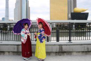 袴で七福神めぐり! 素敵です。