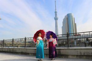 袴で女子会! 袴は可愛いですね。