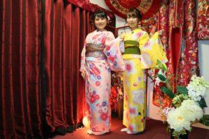 伝統スタイルで浅草女子会