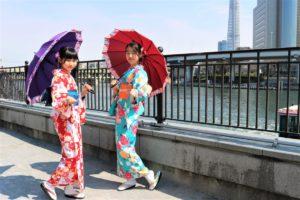 なかよしお友達と浅草散歩に食べ歩き。かわいいです。