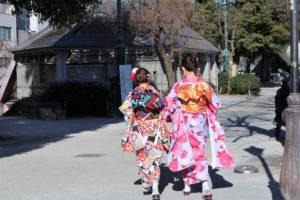 浅草寺で初詣に和服👘でお出掛けです