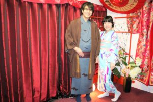 日本人好みのお着物、お似合いですね。