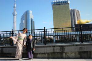 着物で浅草散歩のお子様とお母さま