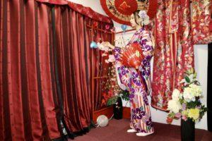 這位穿著華麗振袖、長相標緻的女士是來自台灣的顧客~