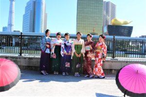 台湾 、グループ 、袴