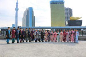 來自台灣的團體客人,穿著和服一字排開相當令人驚艷~