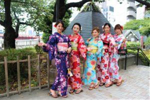 從台湾一起來找住在日本的好姊妹,一起穿浴衣紀念友誼!超棒的!