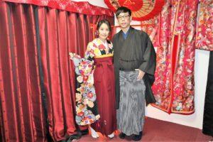 台灣來的可愛情侶一起體驗袴!振袖和袴的配色非常美呢!