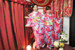 台灣來的姊妹一起穿和服遊淺草