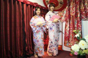 台湾來的女孩,穿上夏日色系的浴衣看起來更甜美可愛~
