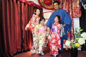 台灣來的一家人,小朋友也超可愛的!