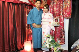 台湾、紳士の着物、淑女の訪問着