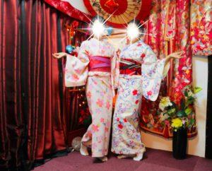來自泰國的兩位女性穿上了花樣可愛的和服,跟櫻花祭很搭呢!