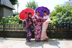 台湾からのなかよしグループ!可愛いいですね。來自台灣的感情很好的女孩們,非常可愛喔 !!