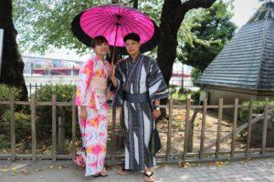 台灣來體驗日本浴衣的可愛情侶!