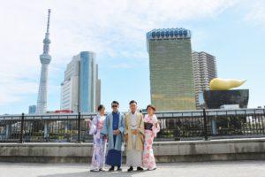 マレーシアからお越しのお客様です😊日本伝統的な和服をお選び頂きました。  来自马来西亚的客人,选择了很传统的和服花色,非常漂亮。