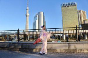 海外からお越しのお客様です😊✨上品な和柄のお着物をお選び頂き、浅草観光にお出掛けです(*^◯^*)❤️日本旅行の記念に和服体験して頂きました