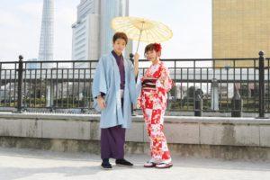 #着物👘で #浅草デート にご利用頂きました❤️🎵 女性は #市松模様 の艶やかなお着物に、男性は紫色のお着物に羽織を合わせて素敵に着こなして頂きました👘 お二人お似合いで素敵ですね!!