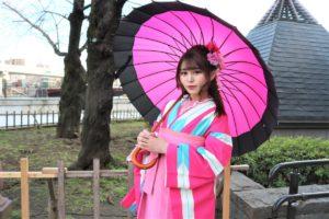 アイドル 結月ねね ピンクの袴 撮影