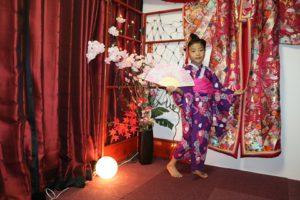 可愛小朋友綁日式傳統女孩髮型