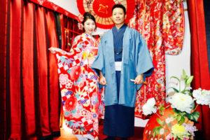 台湾からお越しのお客様です💕 ご結婚のお祝いに豪華な本振袖と紳士の和服をご利用頂きました(*^^*)✨伝統的な和服でとても記念になりますね😊✨ おめでとうございます😊💕💕  來自台灣的客人們,慶祝結婚體驗豪華的振袖和服,男仕也非常高雅非常適合您喔!謝謝您們來體驗,體驗傳統的和服文化能成為一個回憶呢!恭喜您們喔!