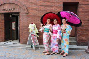 香港からのお客様です!三位美女淺草散步去!